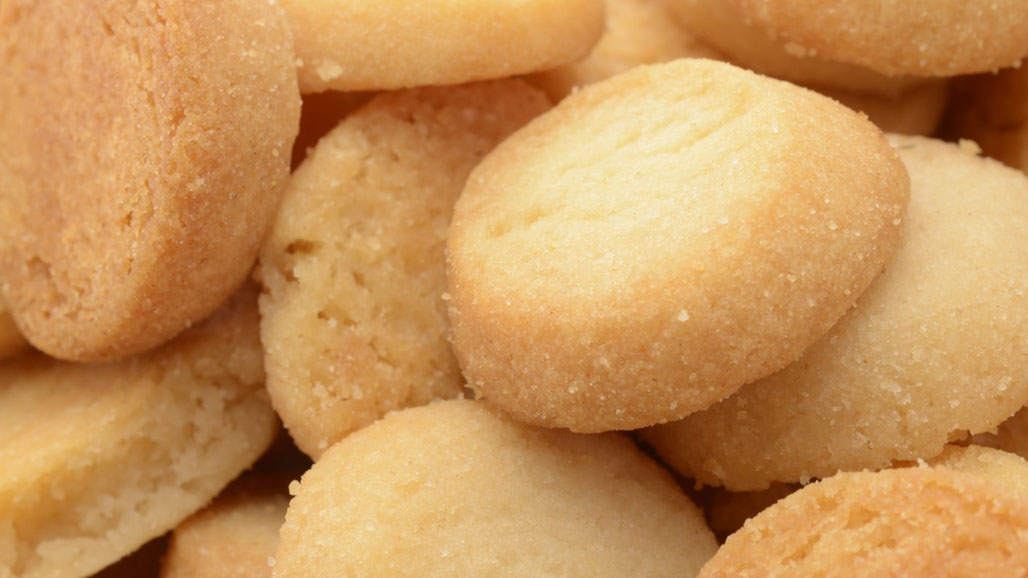 http://www.smokingchimney.com/recipe-pages/images/16x9/small-shortbread-biscuits-1-1024x765.jpg