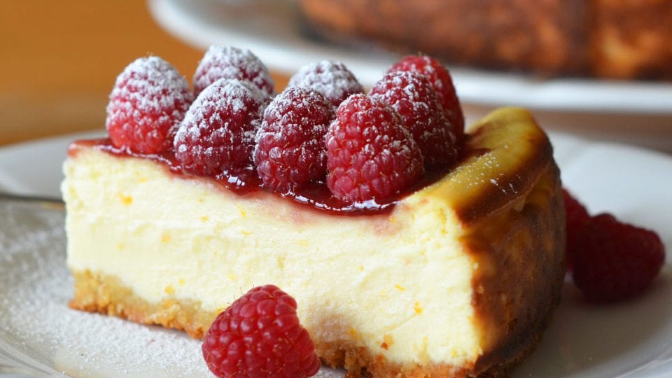 https://www.smokingchimney.com/recipe-pages/images/16x9/baked-cheesecake-mooi-prent-564x400.jpg
