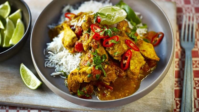 https://www.smokingchimney.com/recipe-pages/images/16x9/indian-chicken-curry-with-saffron-rice.jpg