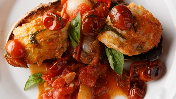 https://www.smokingchimney.com/recipe-pages/images/16x9/monkfish-in-spicy-tomato-sauce.jpg
