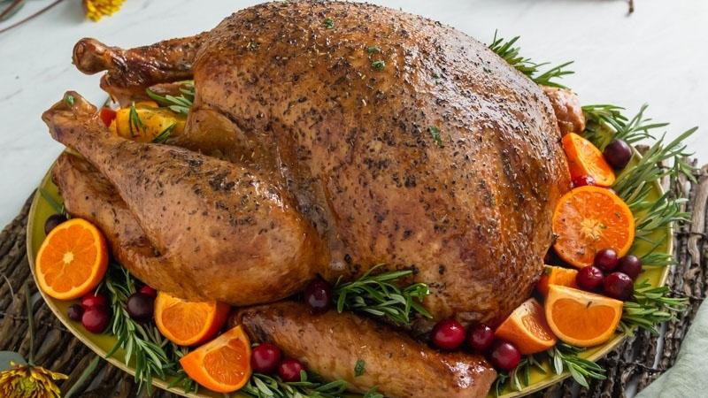 https://www.smokingchimney.com/recipe-pages/images/16x9/roast-turkey.jpg